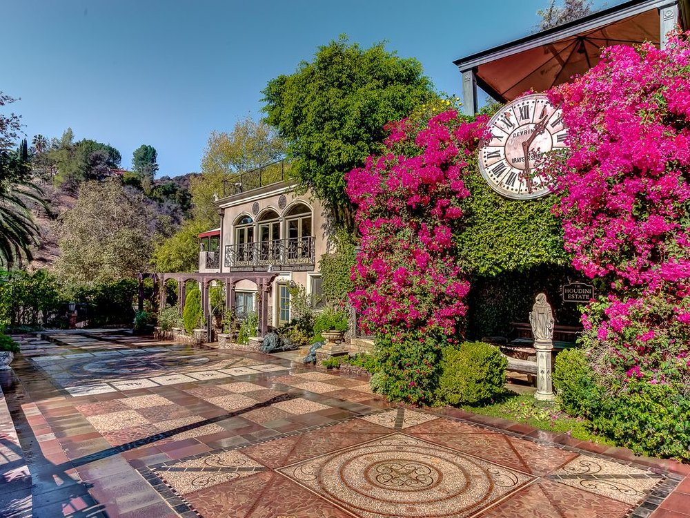 Photo taken from www.homeaway.com of  The Houdini Estate  - Yes, you can rent this for a nights stay!!