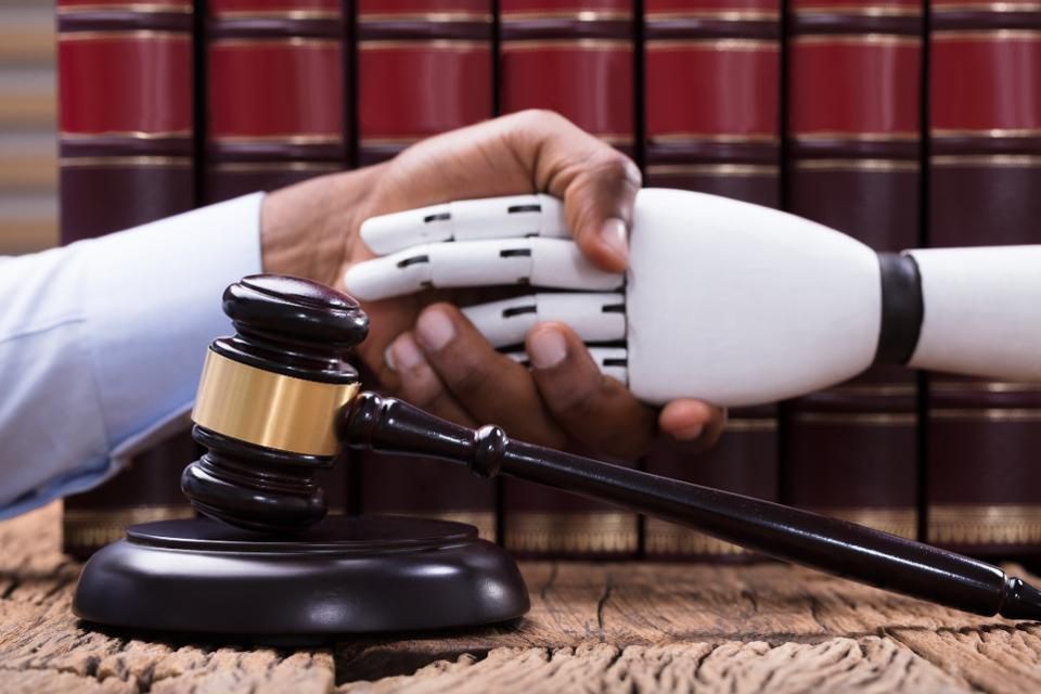Artificial Intelligence And The Evolution of Law.jpg