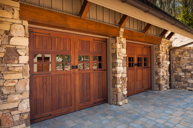 modern-garage-doors-and-openers.jpg