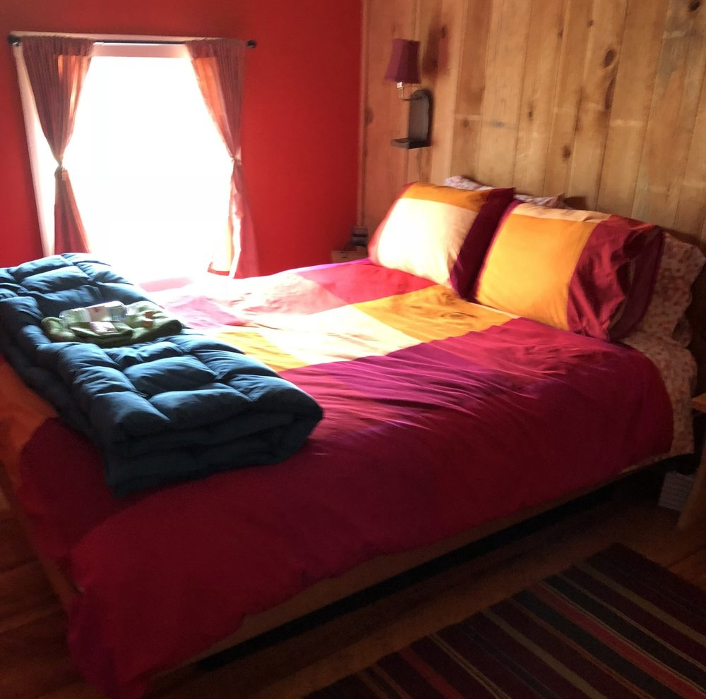 PRIVATE ROOM: QUEEN BED WITH PRIVATE BATH, FROM $485/person - Features: Private Bath, Queen Size Bed, Fresh Linens, Cozy Space