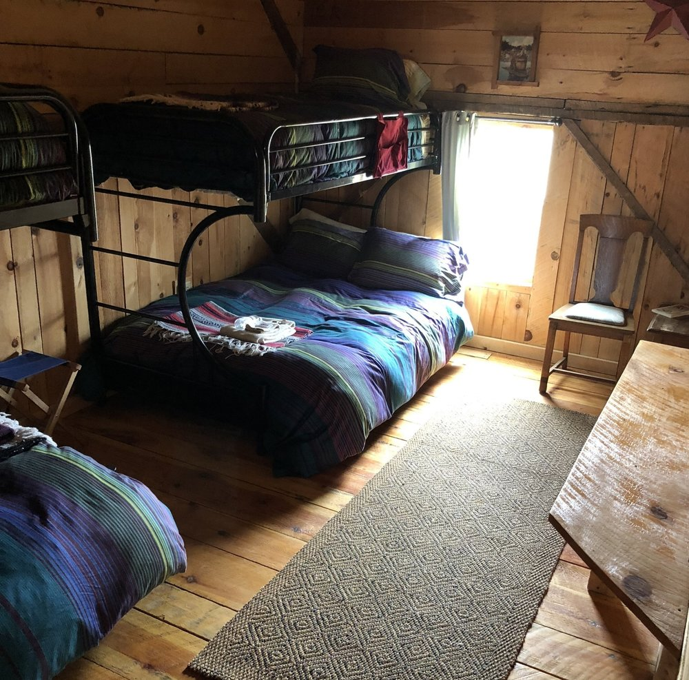 OPEN LOFT WITH SHARED BATH, FROM$425/person - Features: Wood Stove, Fresh Linens, Cozy Space