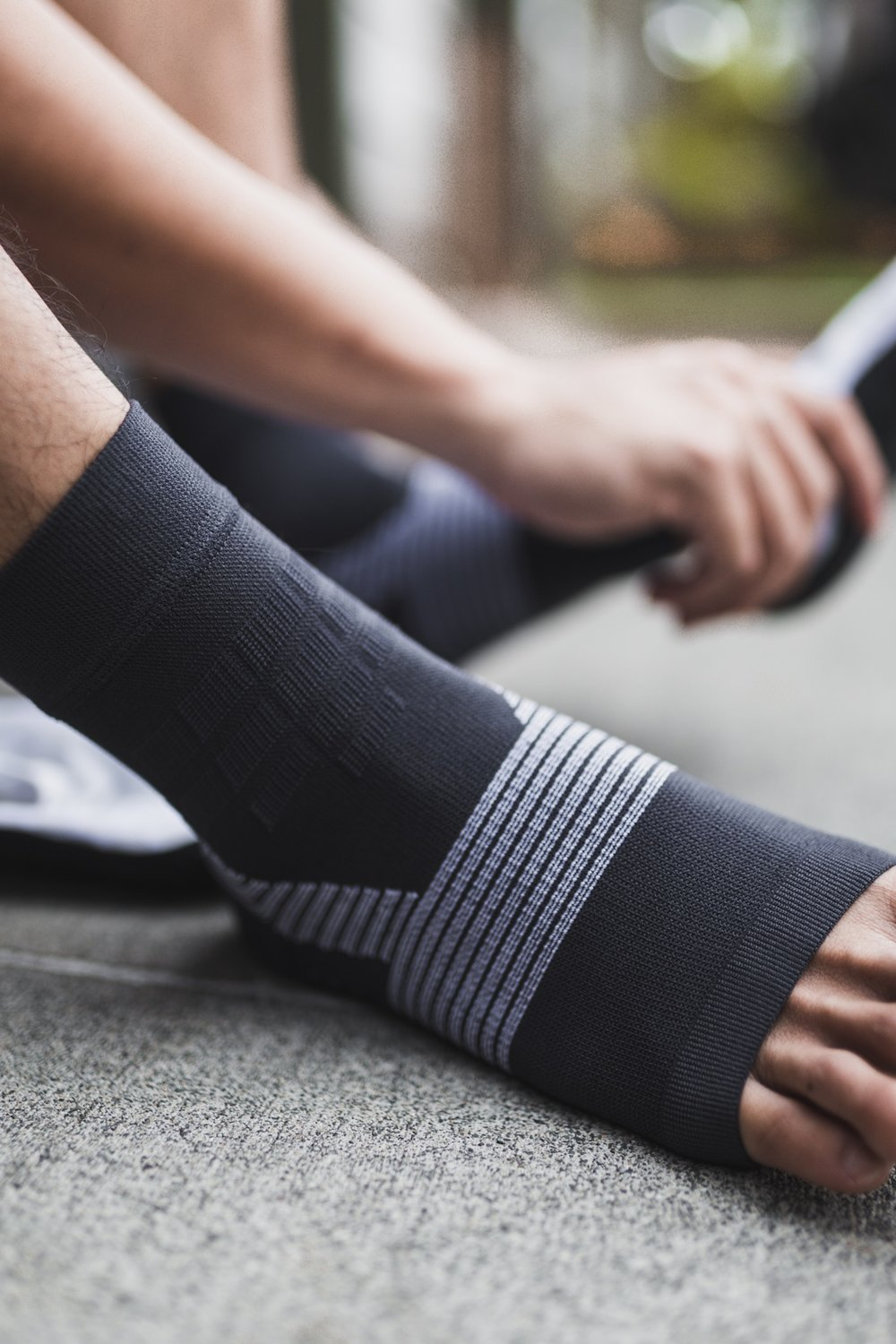 Medical Benefits - As diabetes grows each year in our society Proprio6 products bring a unique advantage over traditional compression hosiery. Proprio6 improve gait, posture, blood circulation whilst helping to prevent venous pooling and improving balance in diabetics.