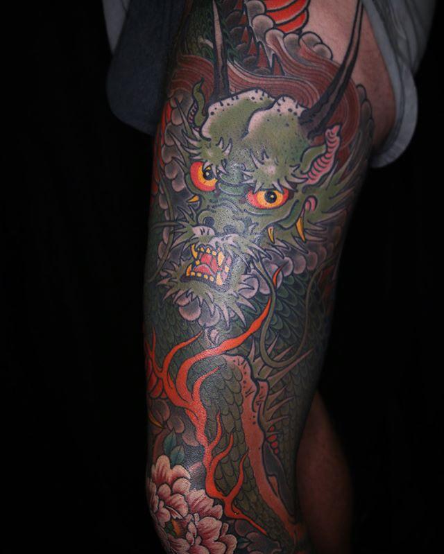 Dragon leg mostly healed. Thanks boof! @daggerandlark