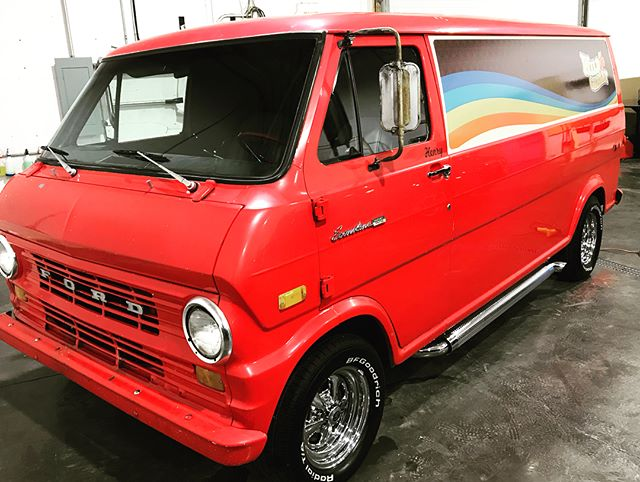 @highwoodrodandcustom #Ford Econoline SuperVan! Henry hanging out. #wildcherry #ford #hotrod