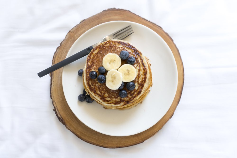 almond flour banana blueberry pancakes