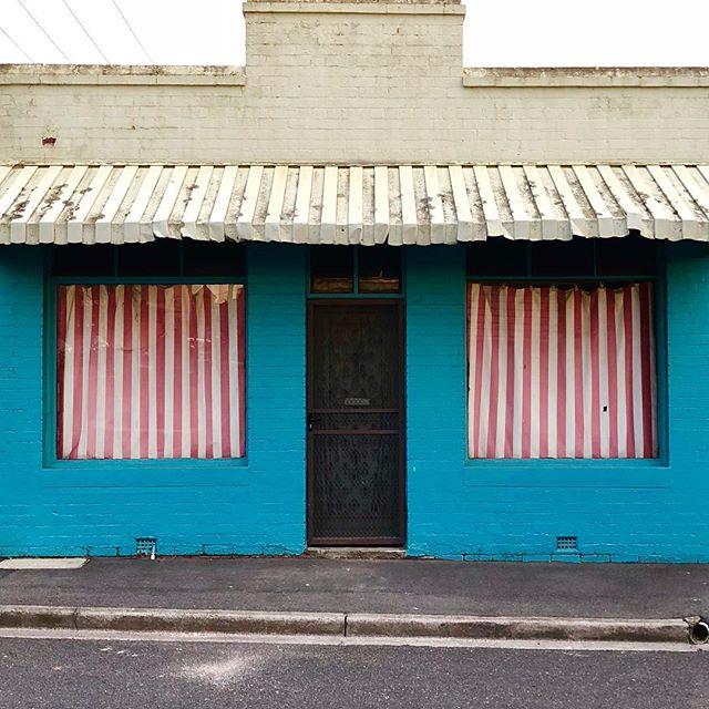 Funky house #yarraville #yarravillevillage #melbourne #australia #winter #winterlight
