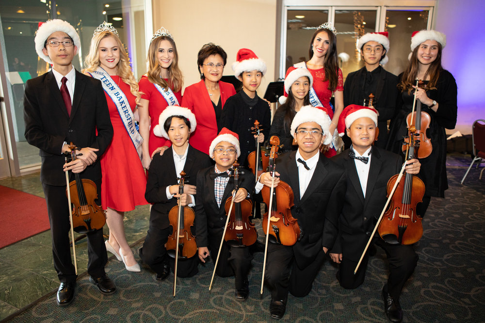 Music of Bakersfield with Mayor of Bakersfield Karen Goh, Miss Teen Bakersfield Sydney Price, Miss Bakersfield Arlene Carrillo, and Mrs. Bakersfield Julia Kiuftis.