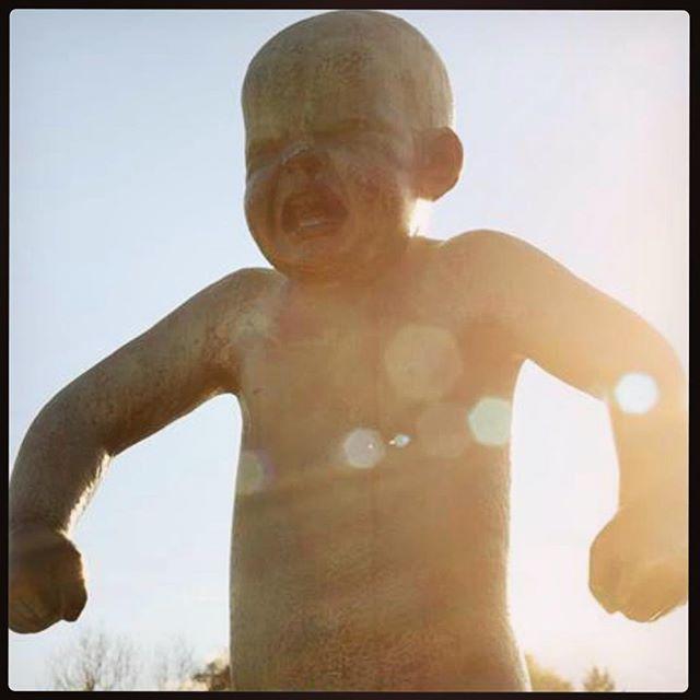 #tbt to Gustav Vigeland sculptures in #frognerparken and crisp sunny days 🍂 🍂 🍂 #throwbackthursday #thursday #gustavvigeland #sculpture #oslo #sunnydays #artyfarty #funtimes