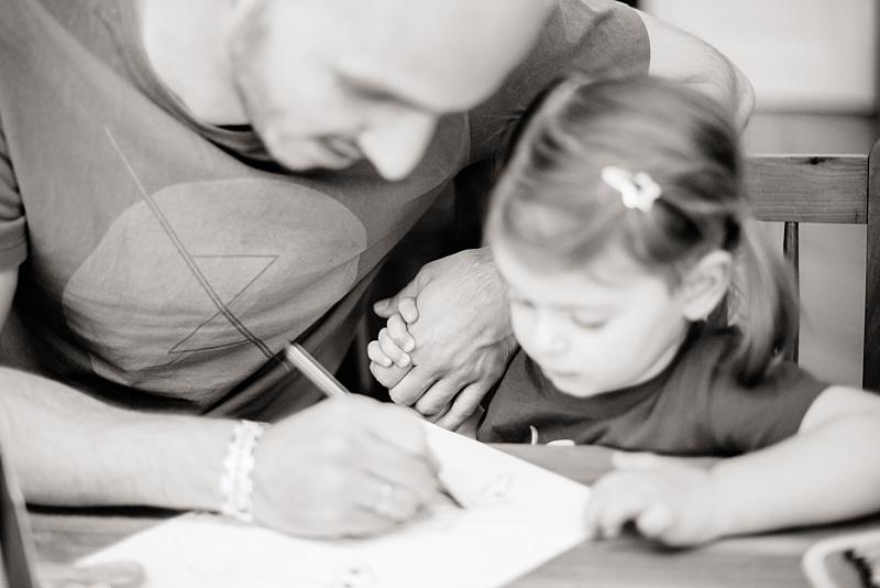 Papa Tochter malen