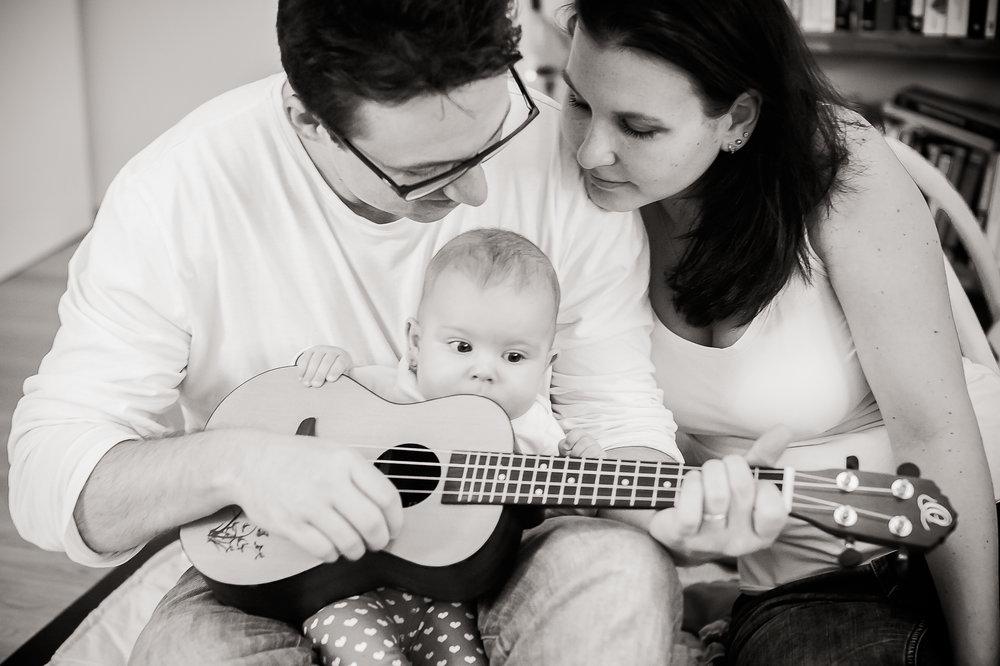 mama-papa-baby-gitarre