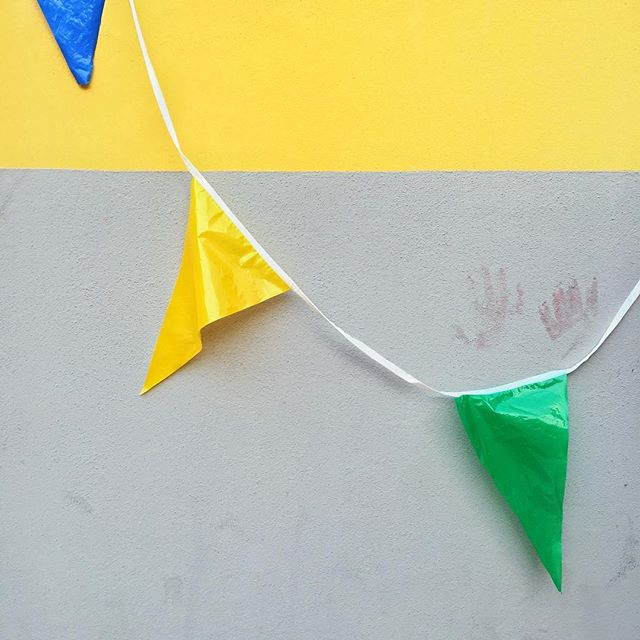 The strange blue#yellow #green #blue #party #flags #abstract #colors