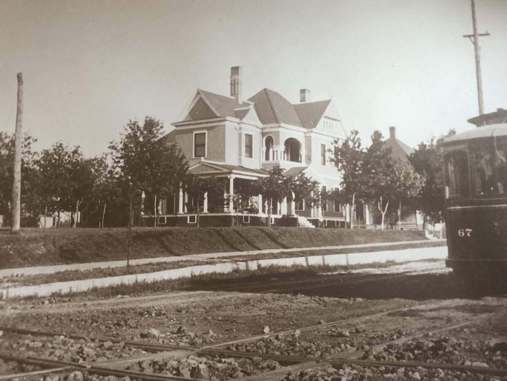 Brown-Tuck Mansion