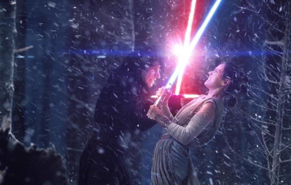 Why is Matt from Engineering fighting Rey?!?!