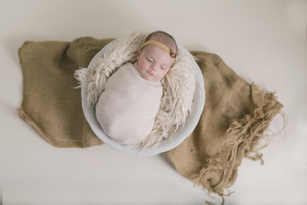 when to book your newborn session newborn blog by warren ohio newborn photographer christie leigh photo-8.jpg