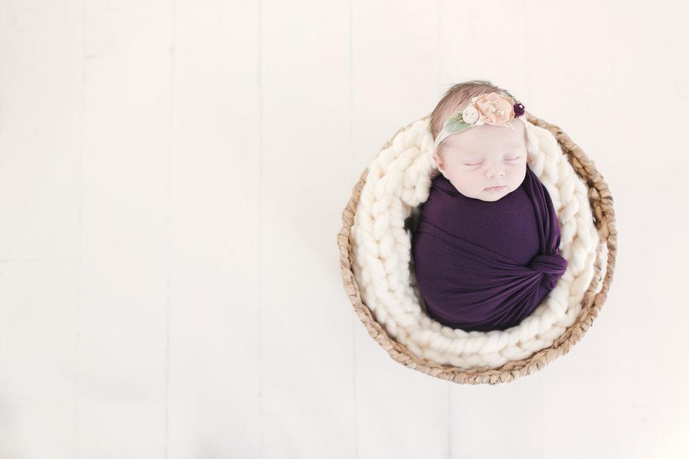 when to book your newborn session newborn blog by warren ohio newborn photographer christie leigh photo-20.jpg