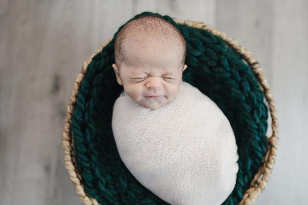 when to book your newborn session newborn blog by warren ohio newborn photographer christie leigh photo-19.jpg