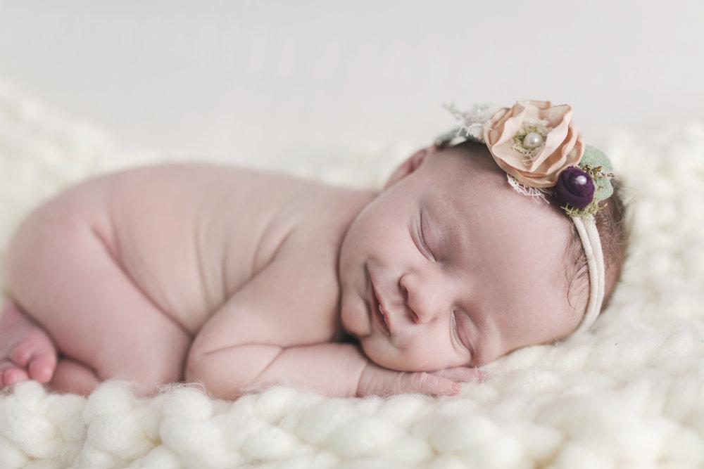 when to book your newborn session newborn blog by warren ohio newborn photographer christie leigh photo-13.jpg