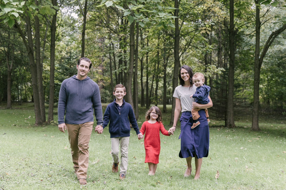 family-photography-session-at-buhl-farm-park-hermitage-pa-by-family-photographer-christie-leigh-photo-1.JPG