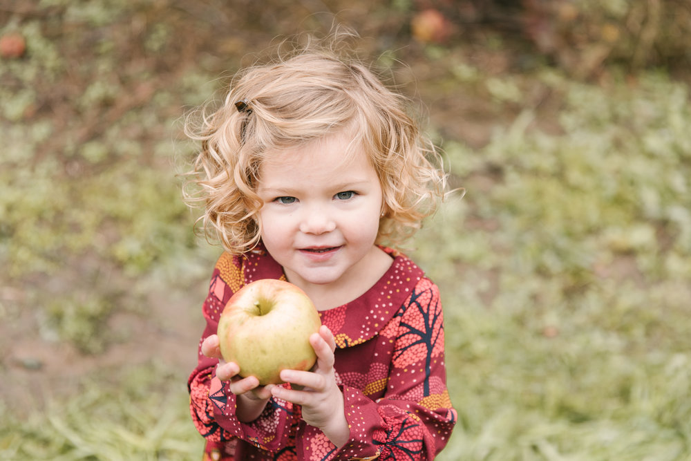 family-photography-session-at-hartford-apple-orchards-hartford-ohio-by-family-photographer-christie-leigh-photo-40.JPG
