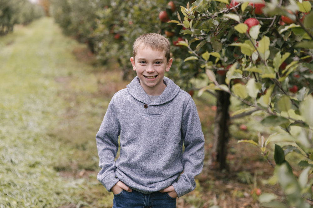 family-photography-session-at-hartford-apple-orchards-hartford-ohio-by-family-photographer-christie-leigh-photo-54.JPG