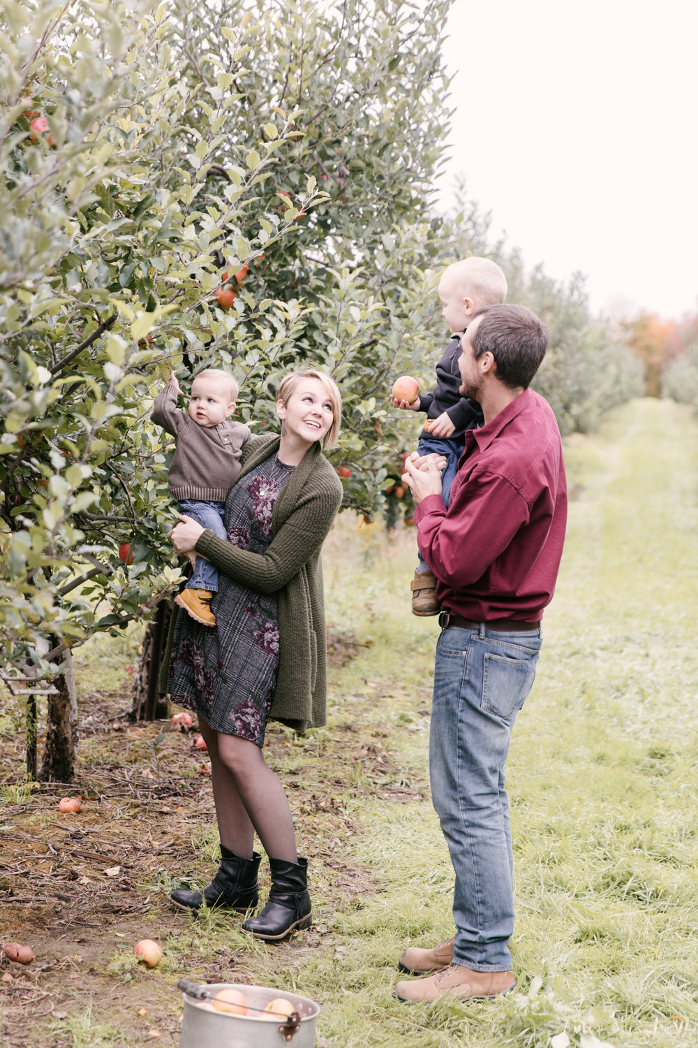 family-photography-session-at-hartford-apple-orchards-hartford-ohio-by-family-photographer-christie-leigh-photo-71.JPG