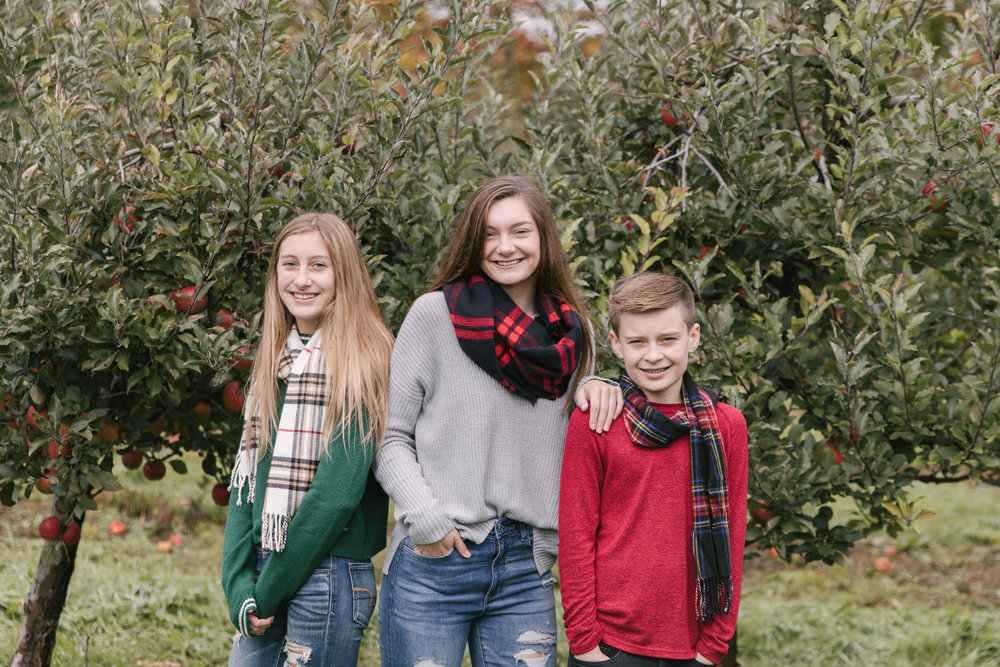family-photography-session-at-hartford-apple-orchards-hartford-ohio-by-family-photographer-christie-leigh-photo-47.JPG