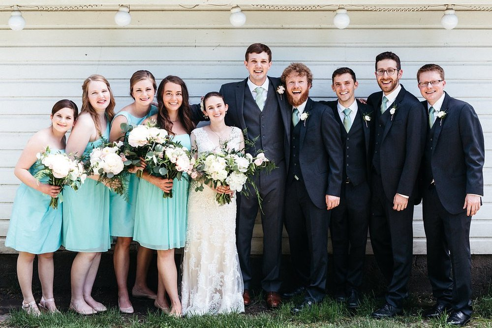 wedding party at Red Barn Farm