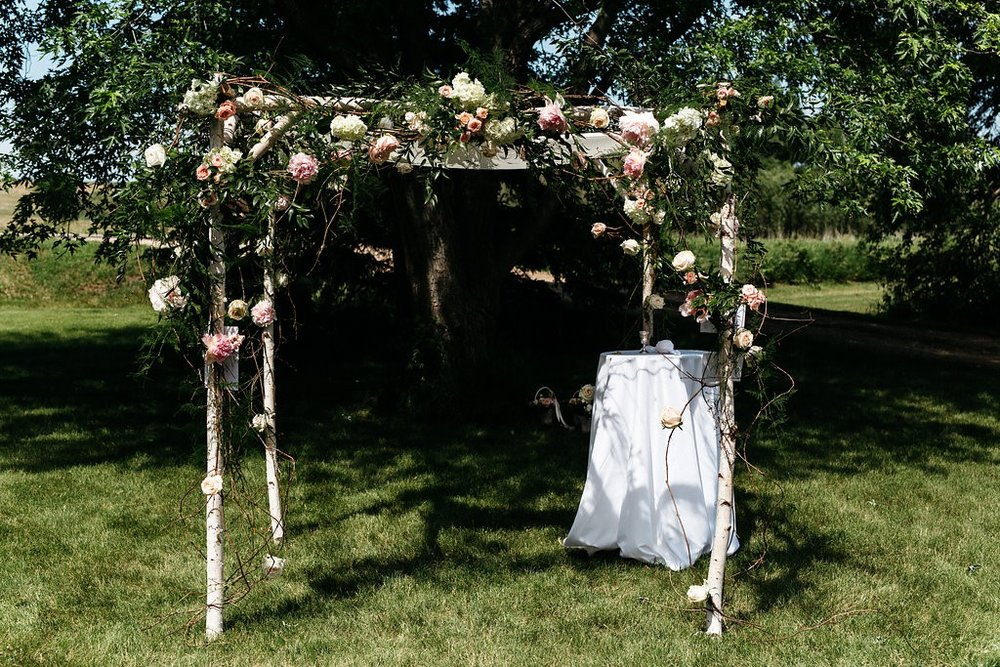Chuppah at Red Barn Farm
