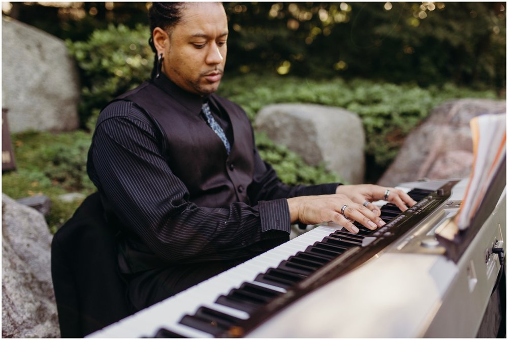 Pianist at the MN wedding ceremony