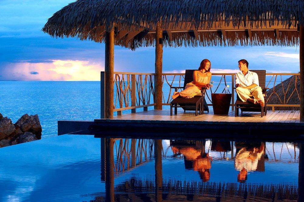Fiji-McLennan-Tadrai-Luxury-Resort.jpg