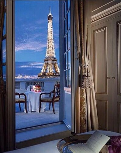 Ah Paris at Night
