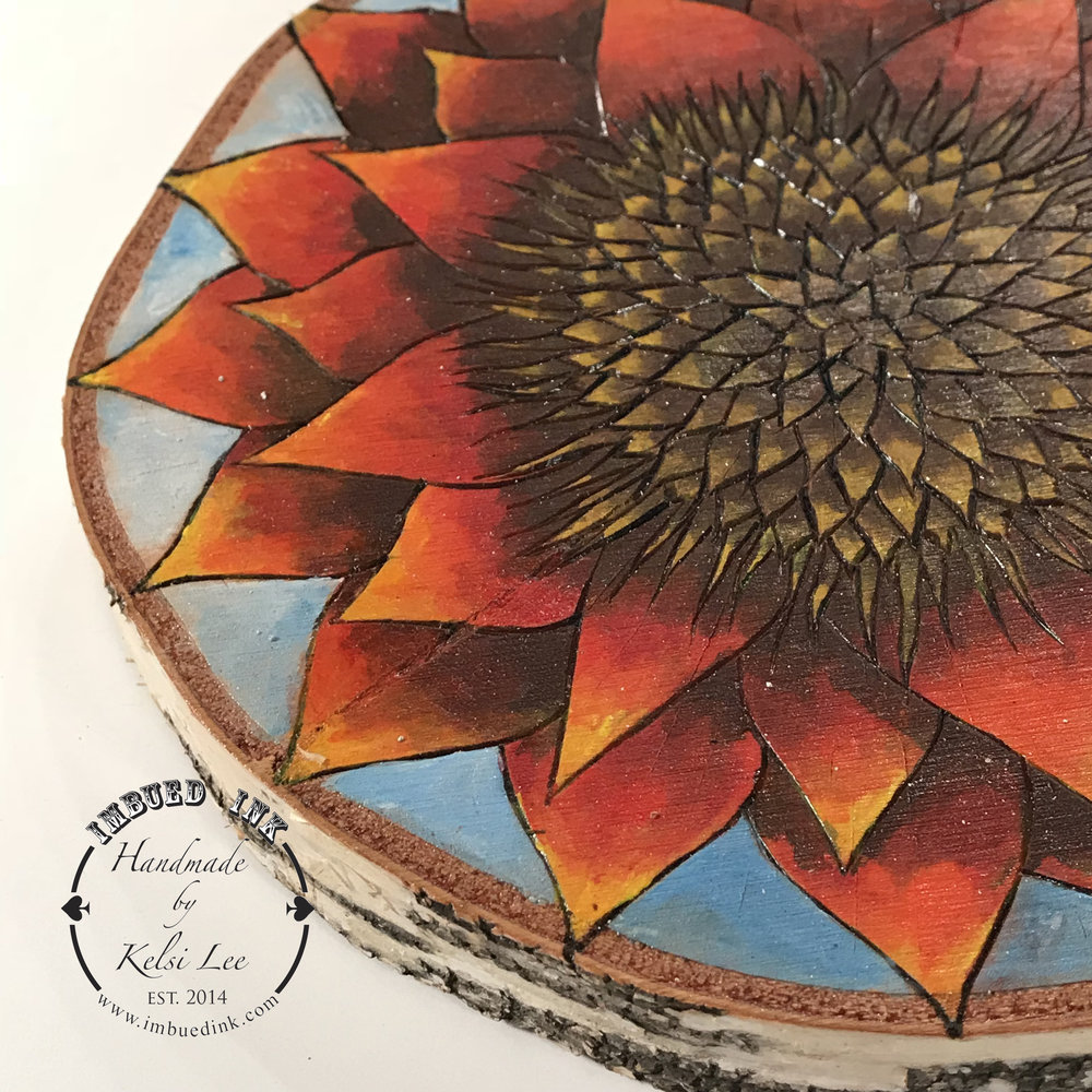 detail sunflower wb.jpg