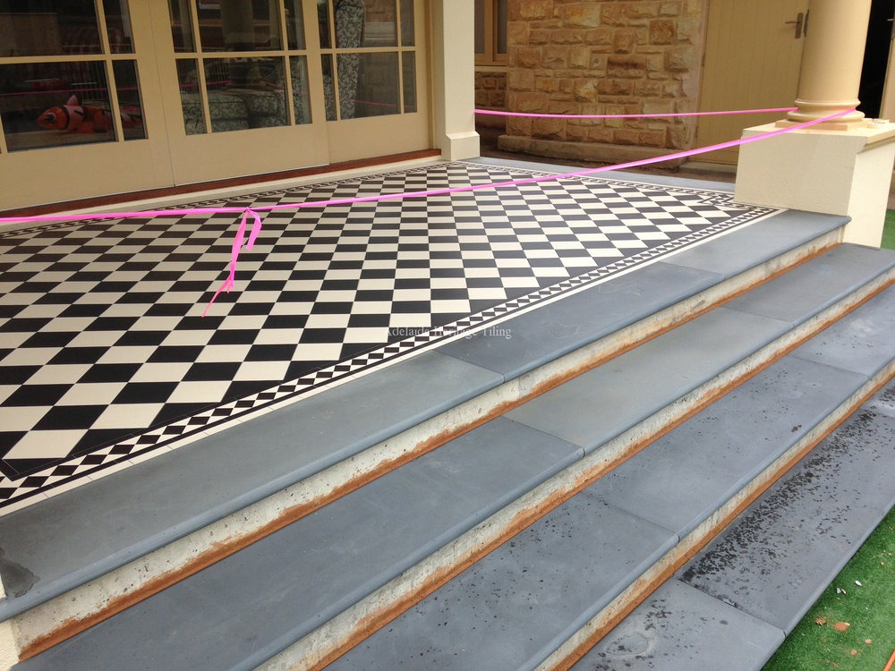 Mintaro Bullnose Slate Edging & Steps (note: this photo is before rendering of the step risers)