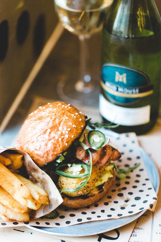 churburgermudhouse-96_lnhiwr.jpg