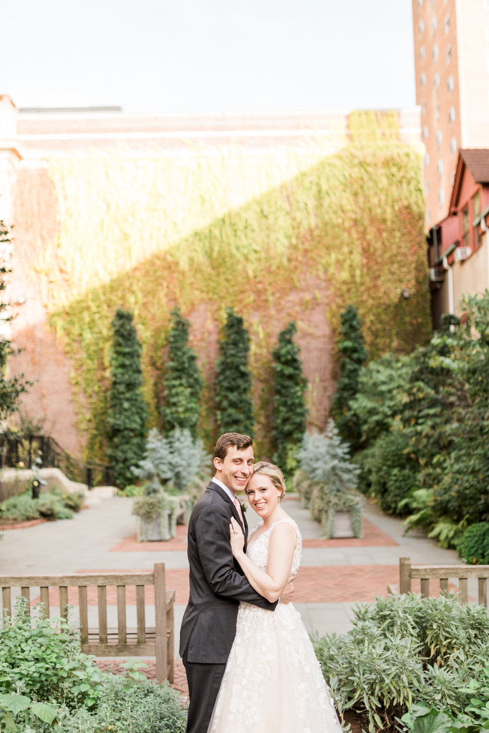 haley-richter-photography-autumn-college-of-physicians-wedding-philadelphia--123.jpg