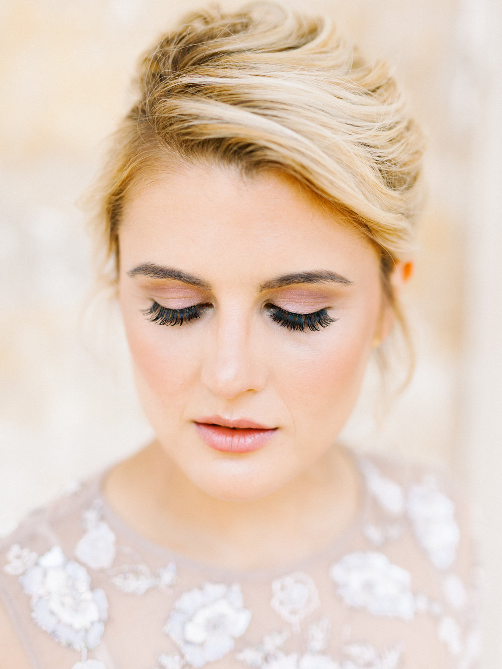 Emily looked so pretty with her natural glam makeup look from Shimmer and Spice for our whimsical elopement wedding inspiration shoot at the Woodlands Mansion in Philadelphia.