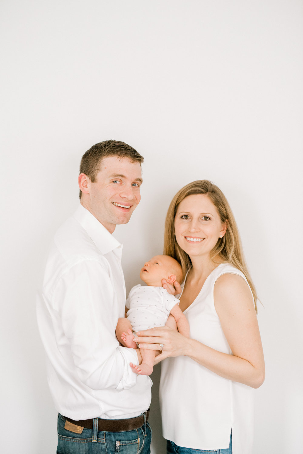 haley-richter-photography-philadelphia-newborn-family-session-035.jpg
