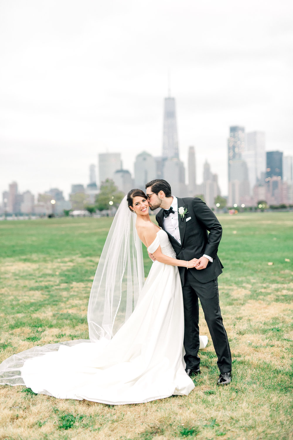 haley-richter-photography-liberty-house-wedding-jersey-city-october-old-new-york-109.jpg