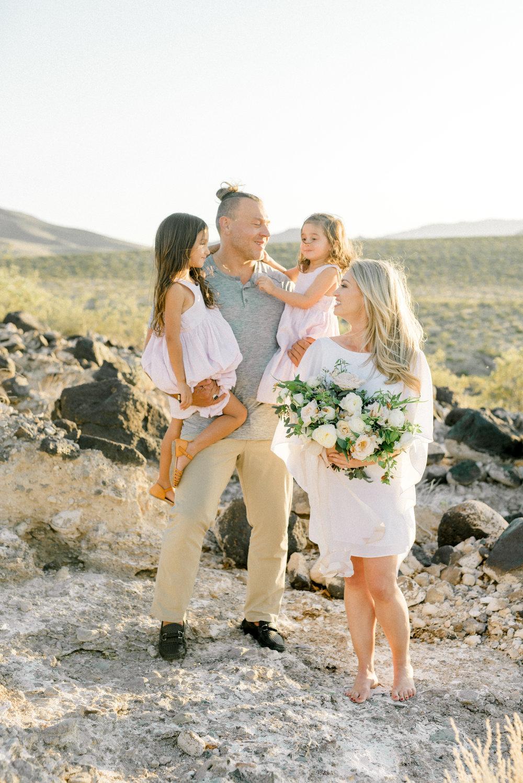 haley-richter-photography-family-sesion-engagement-las-vegas-nevada-desert-layers-of-lovely-inpiration-019.jpg