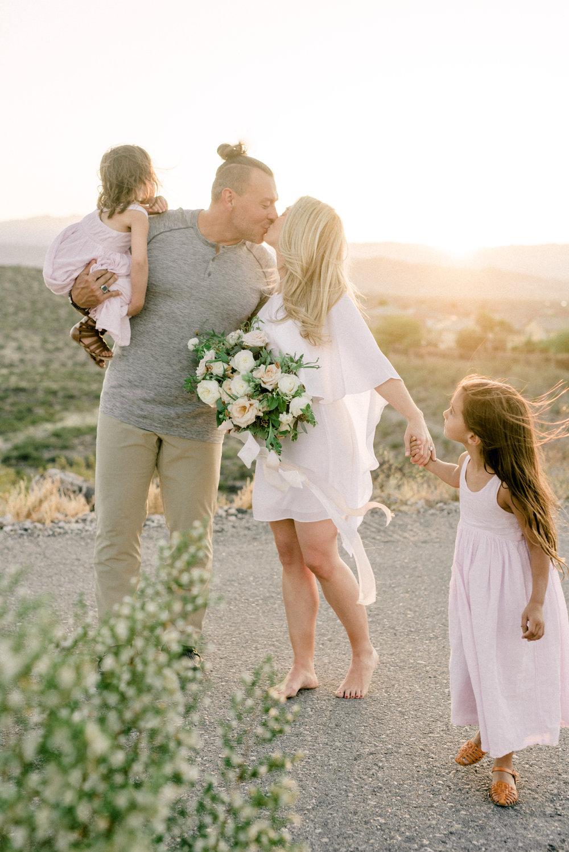 haley-richter-photography-family-sesion-engagement-las-vegas-nevada-desert-layers-of-lovely-inpiration-032.jpg