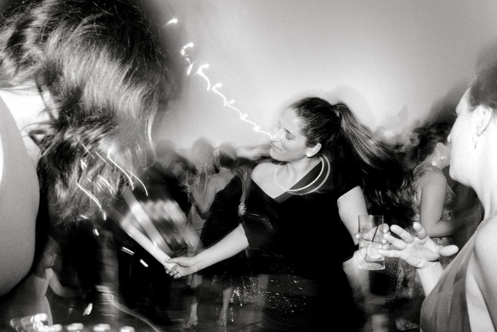 haley-richter-photography-keristin-gaber-associate-baltimore-country-club-spring-wedding-italian-lemon-inspired-152.jpg