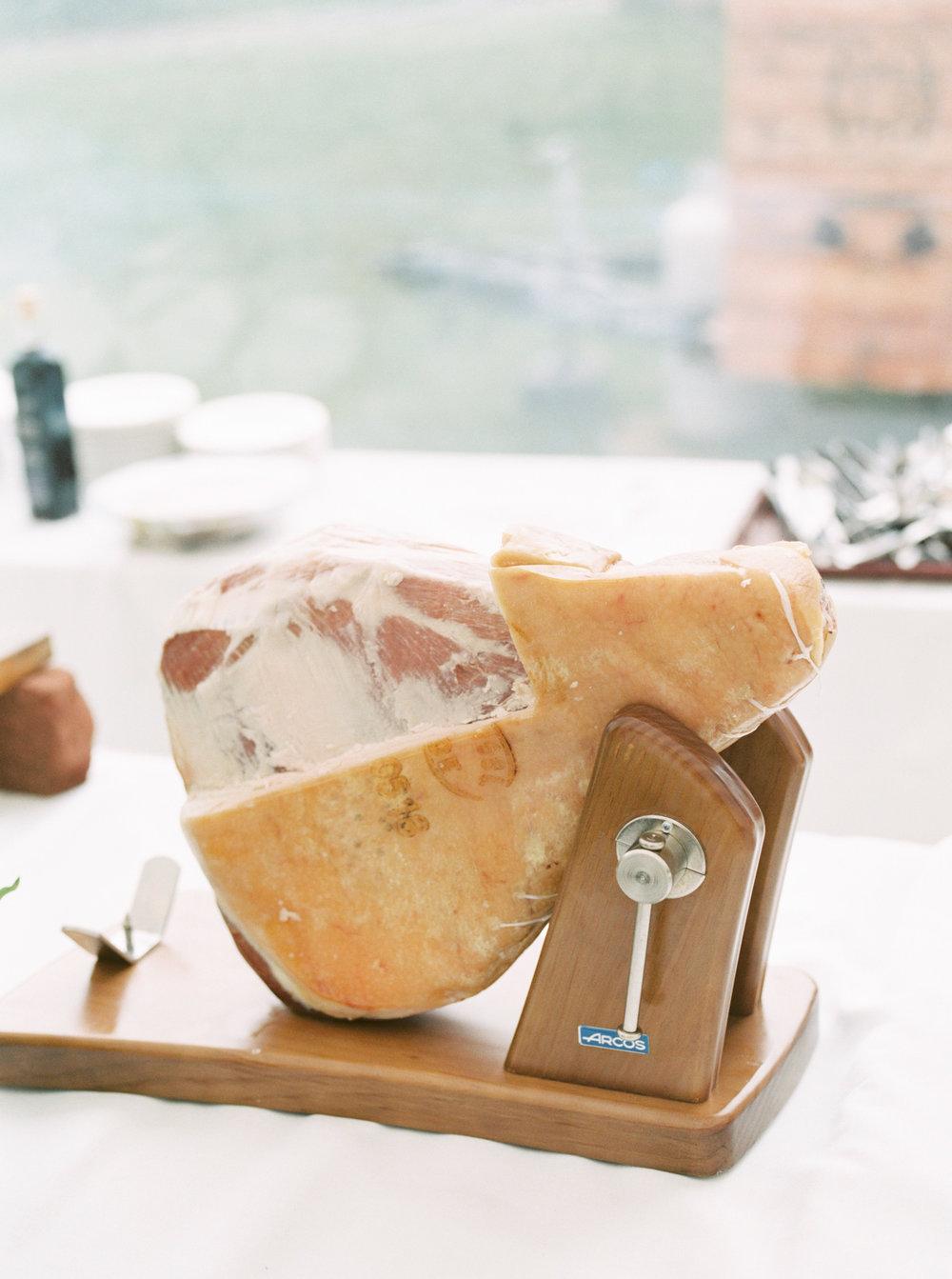 haley-richter-photography-keristin-gaber-associate-baltimore-country-club-spring-wedding-italian-lemon-inspired-168.jpg