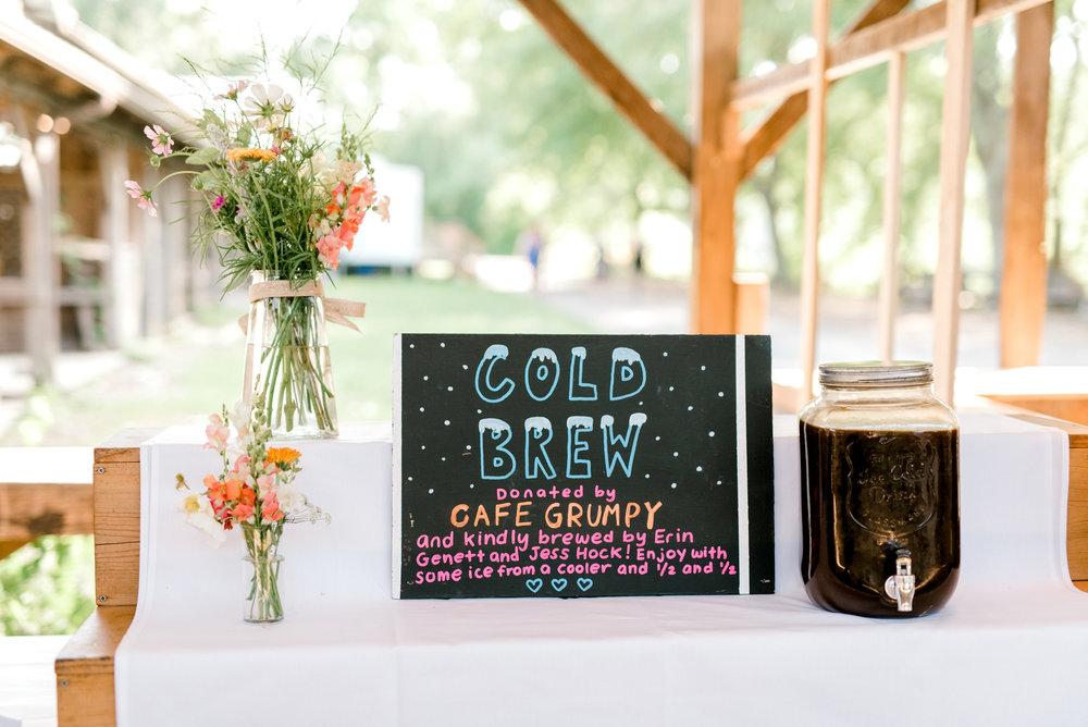 ithaca-farmers-market-wedding-haley-richter-photography-058.jpg