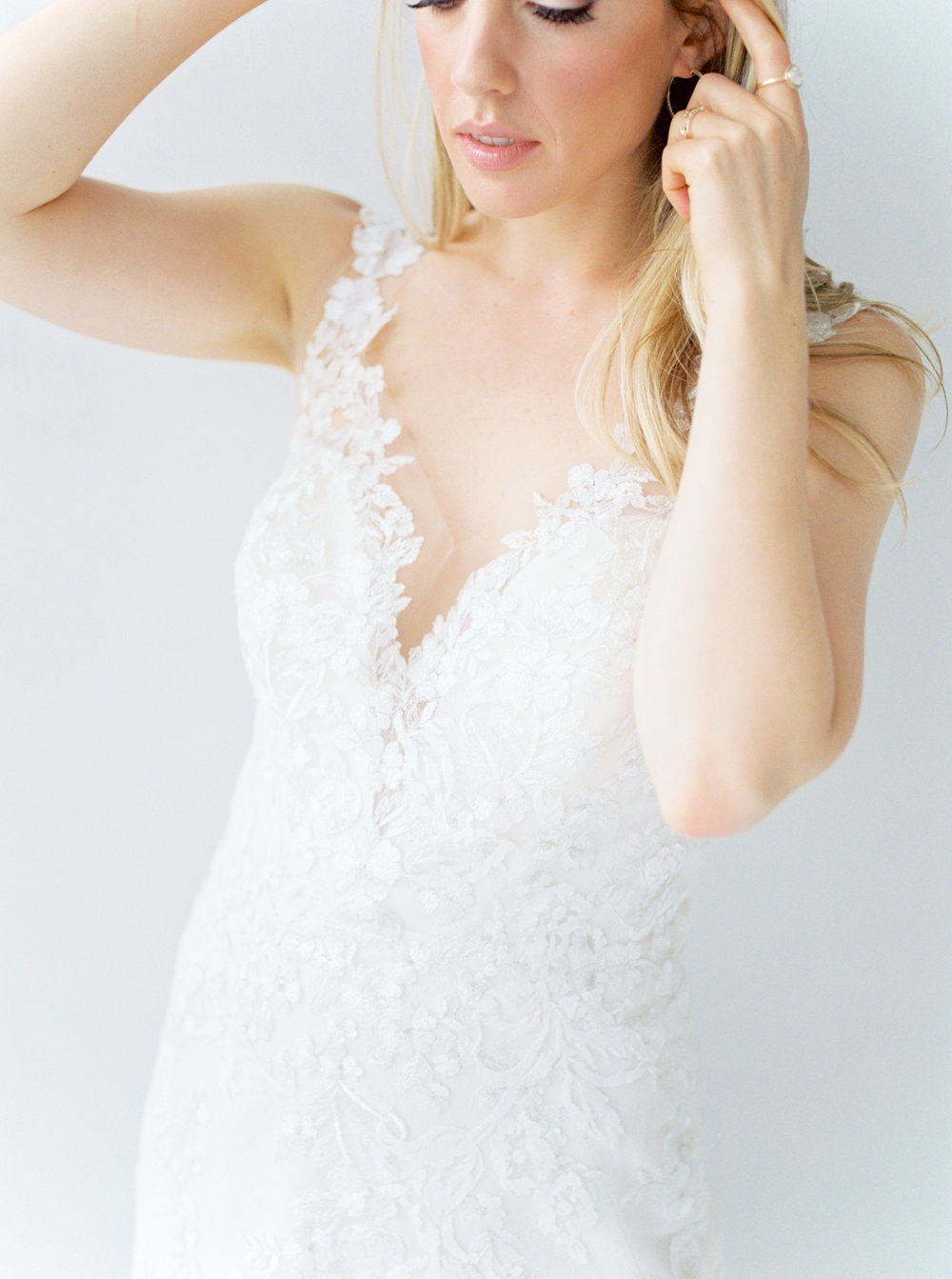 haley-richter-photography-liberty-and-lace-philadelphia-wedding-dress-boutique-106.jpg