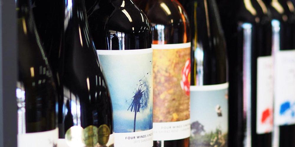 four-winds-vineyard-win-international-wine-design-award_0001.jpg