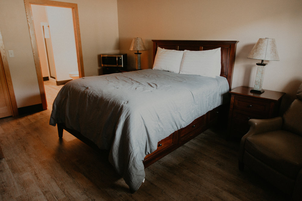 Motel Rooms - Daily - $75Weekly - $423Monthly - $1680