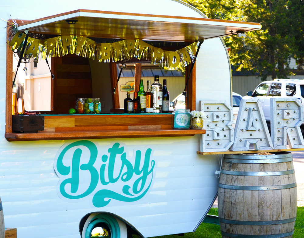 COCKTAILS IN THE PARK - BITSY BAR