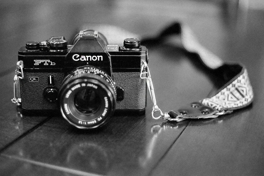 Film Photography    Expand your photography skill set from digital to the world of film, or slow down and get back to the basics. In this class we'll shoot film with fully manual 35 mm cameras, and introduce you to other formats as well.