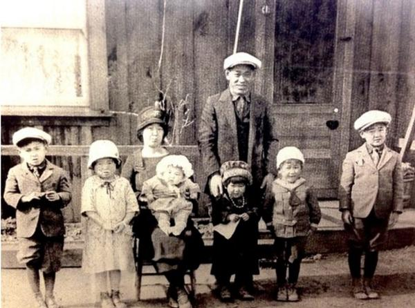 The Yamaichi family of Berryessa, circa 1926. Jimi Yamaichi is second from the right. Courtesy of Jimi Yamaichi.