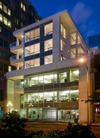 deHoog&Kierulf_victoria_architect_Soma.jpg